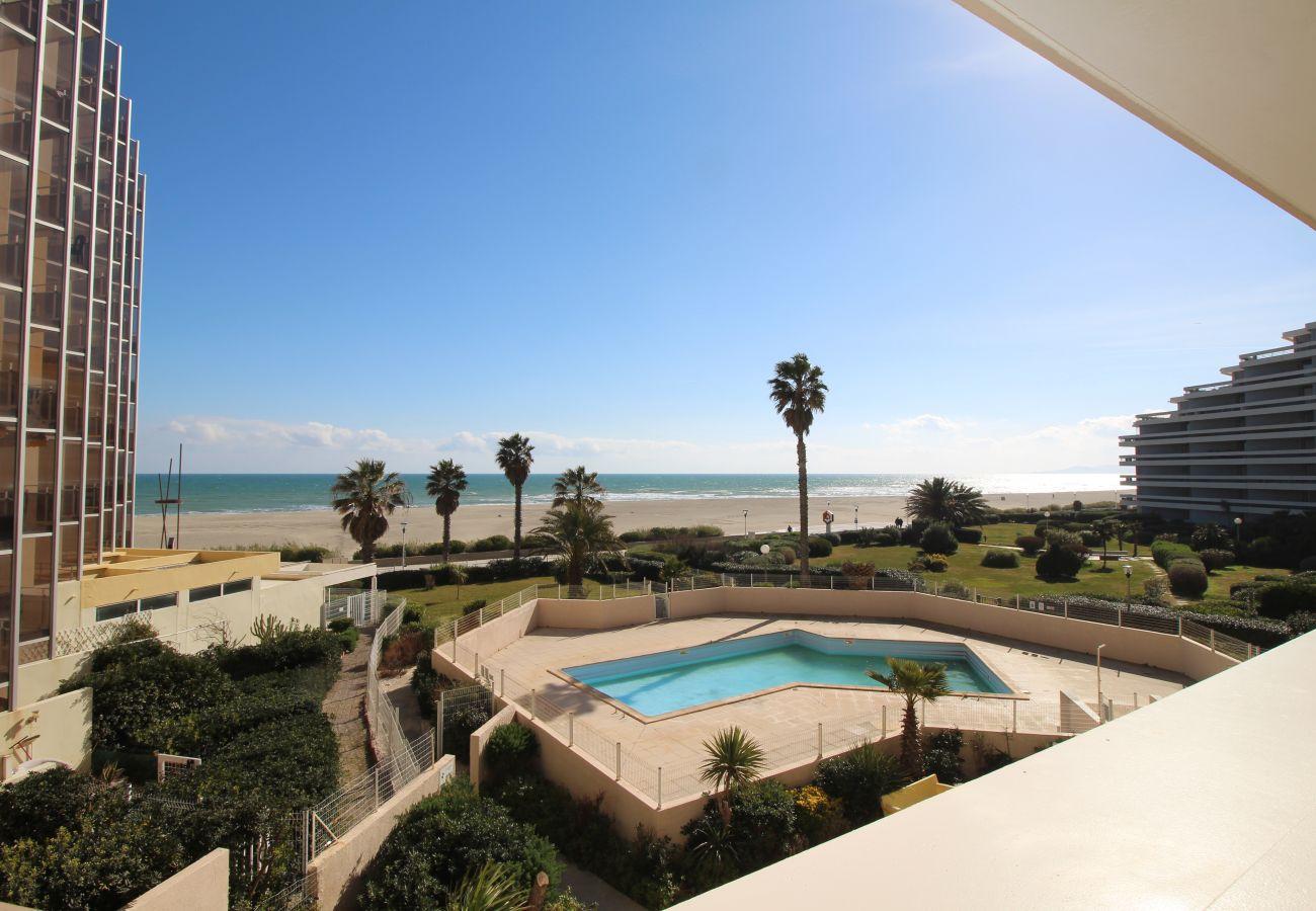 Ferienwohnung in Canet-en-Roussillon - 3 pièces en front de mer avec piscine et parking