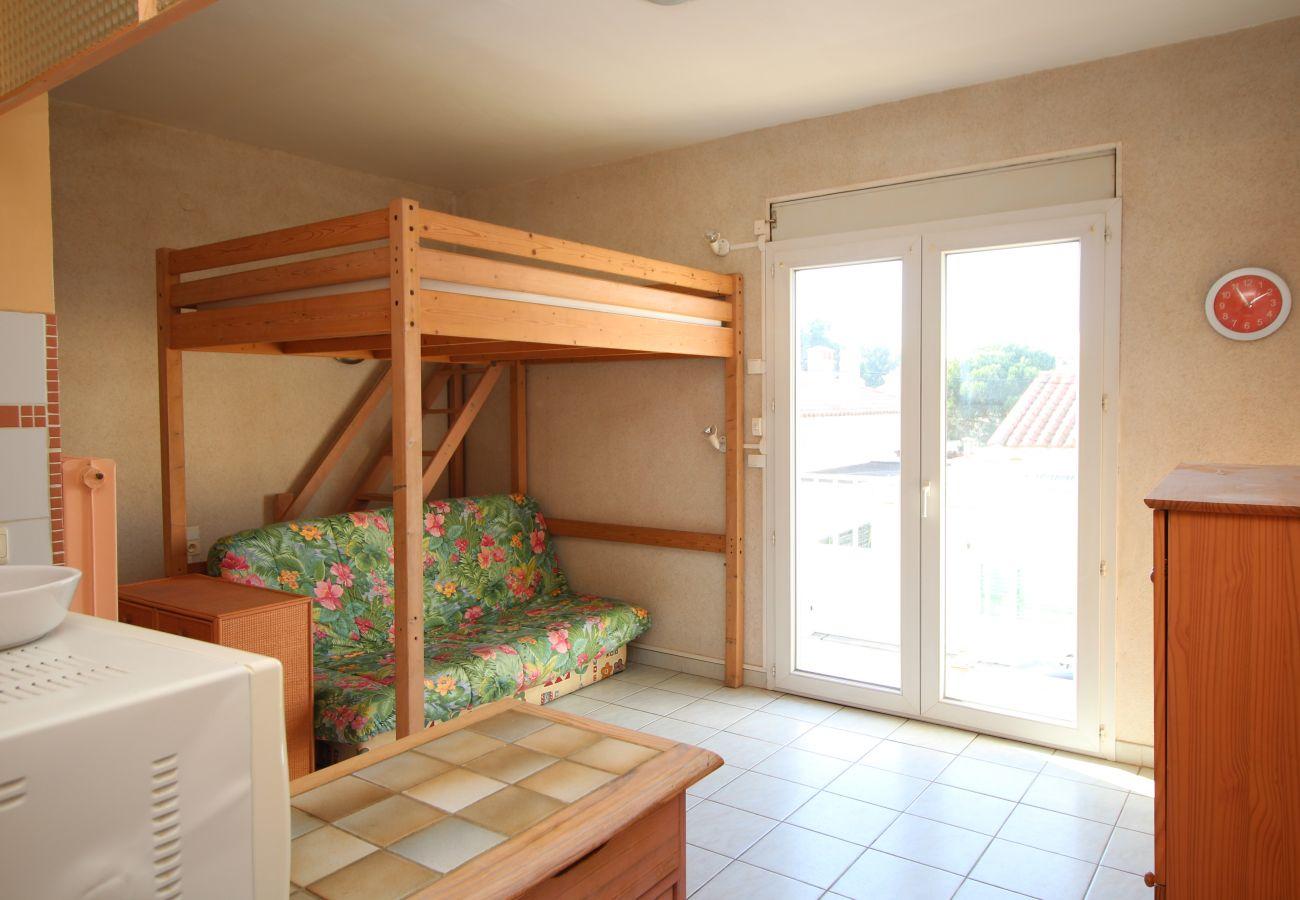 Ferienwohnung in Canet-en-Roussillon - Studio 4 couchages à 600 m de la plage