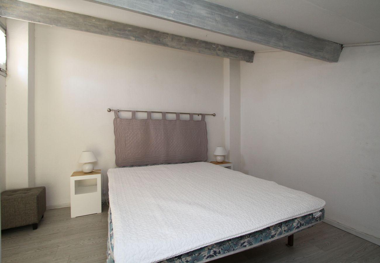 Ferienhaus in Canet-en-Roussillon - Maisonette T2 avec piscine et parking