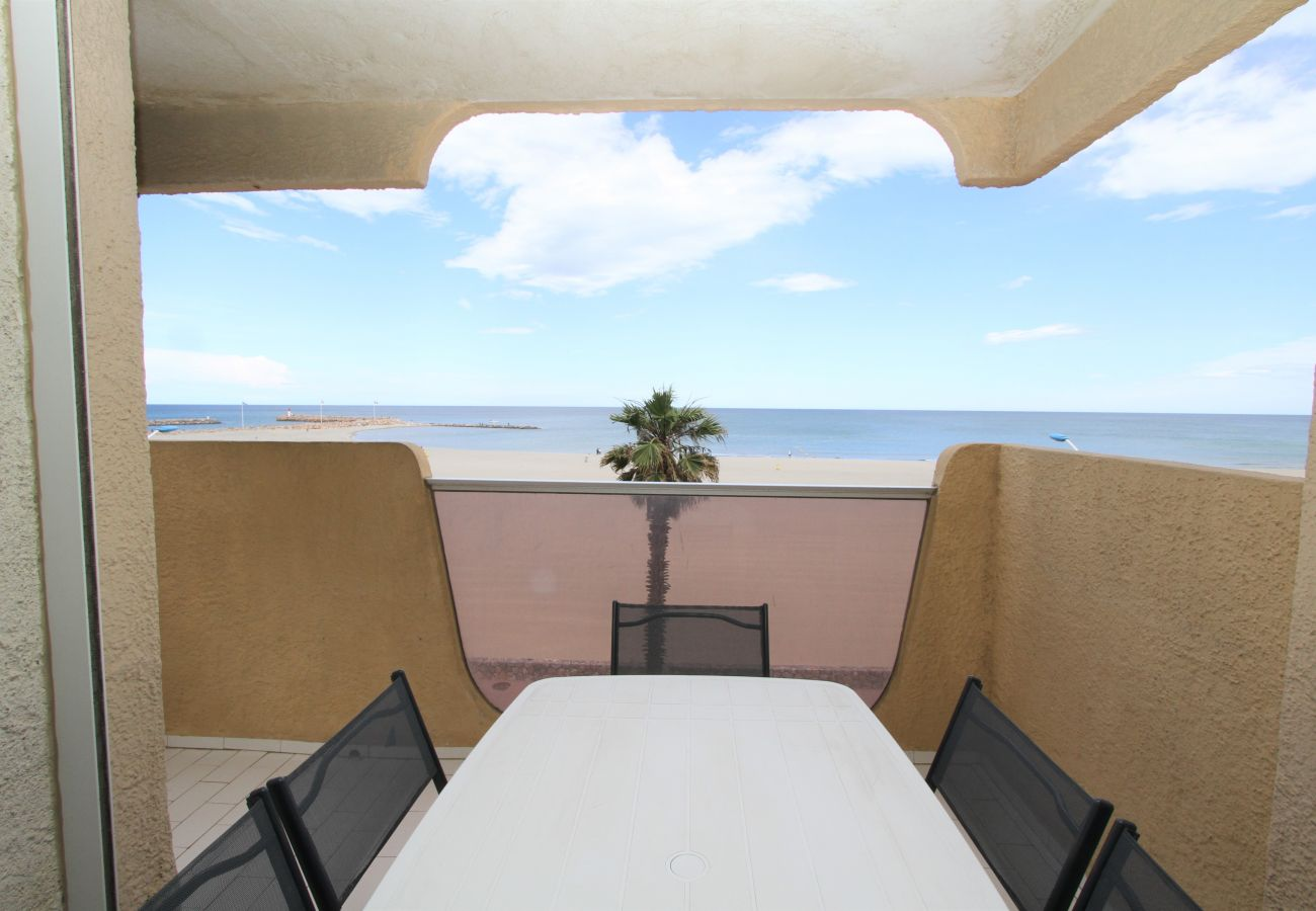 Ferienwohnung in Canet-en-Roussillon - 3 pièces vue mer + stationnement privatif