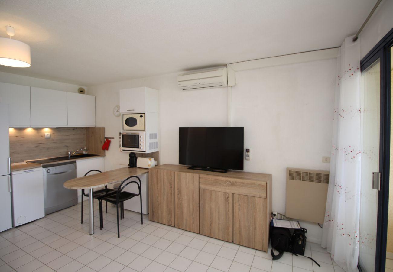 Studio in Canet-en-Roussillon - Studio cabine vue mer