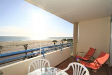 Ferienwohnung in Canet-en-Roussillon - 1 Bedroom apartment SEA VIEW + PARKING