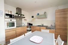 Ferienwohnung in Saint-Cyprien - Cosy apartement for 4 with swimming...