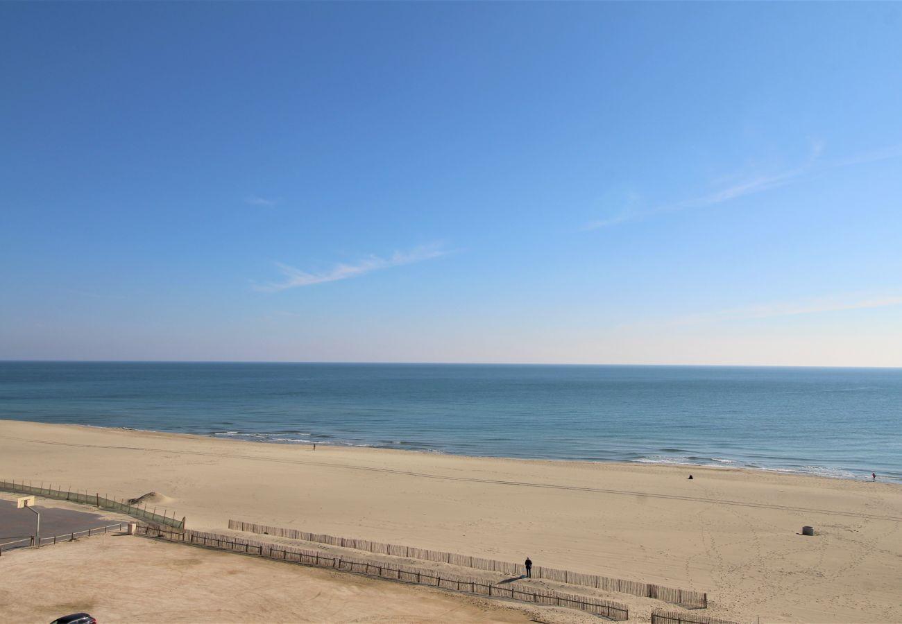 Ferienwohnung in Canet-en-Roussillon - Appartement 2 chambres avec vue mer et parking