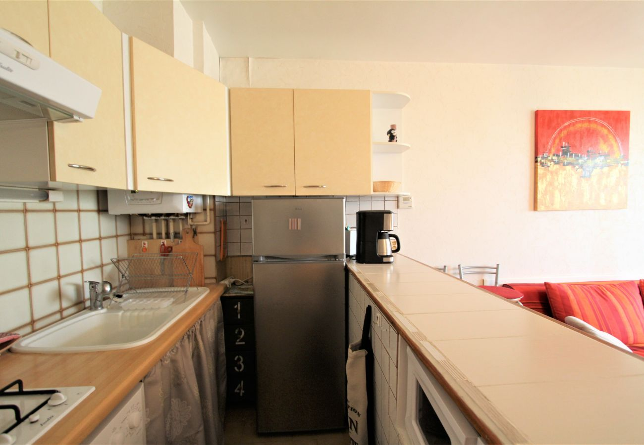 Apartamento en Canet-en-Roussillon - 1 bedroom apartement near the sea+ parking