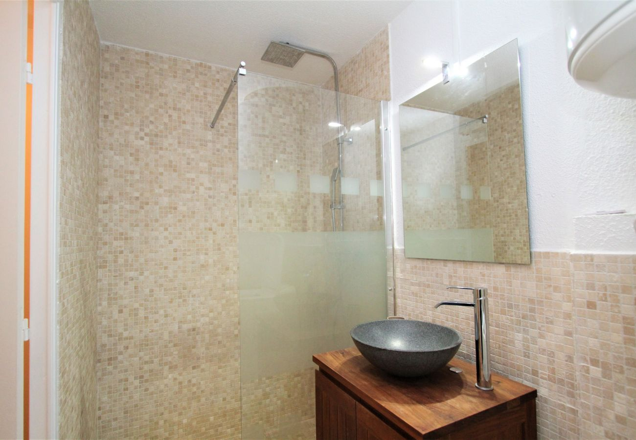 Apartamento en Canet-en-Roussillon - Appartement T2 avec piscine et parking