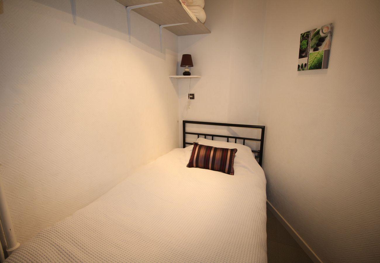 Apartamento en Canet-en-Roussillon - Studio with sea et garden view in Canet