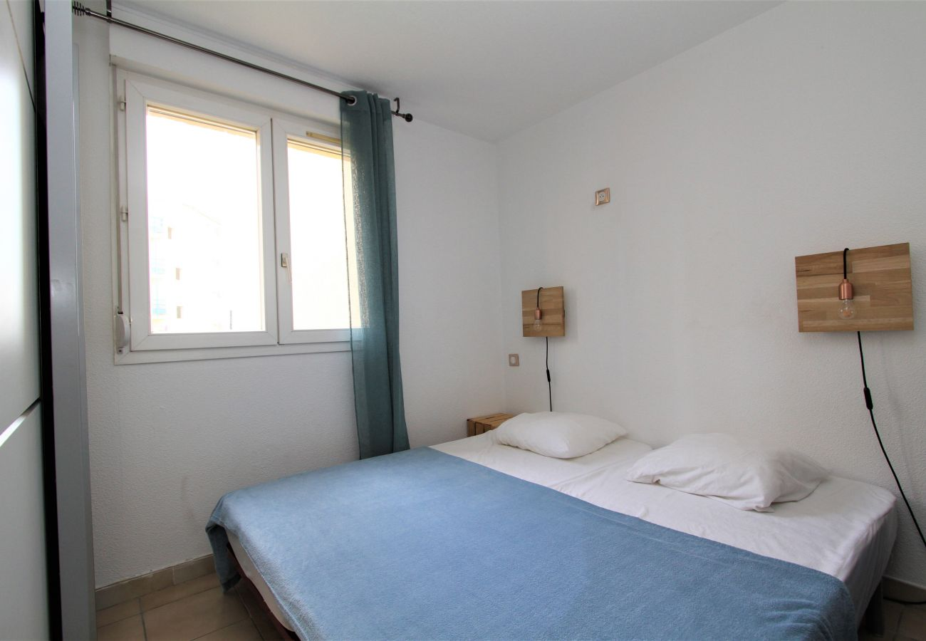 Appartement à Canet-en-Roussillon - Appartement T2 avec piscine et parking