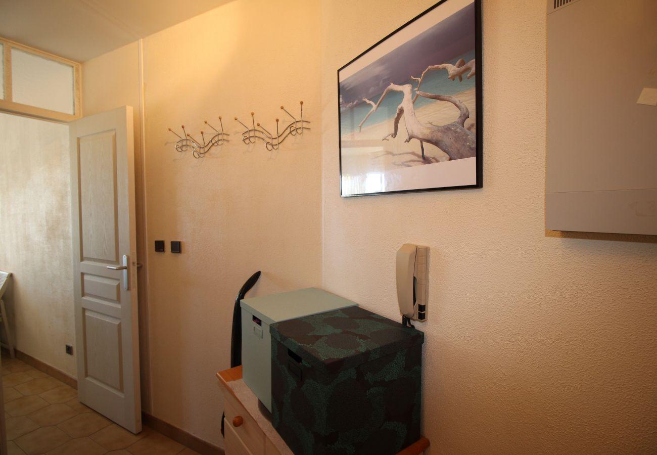 Appartement à Canet-en-Roussillon - Studio cabine vue mer et jardins