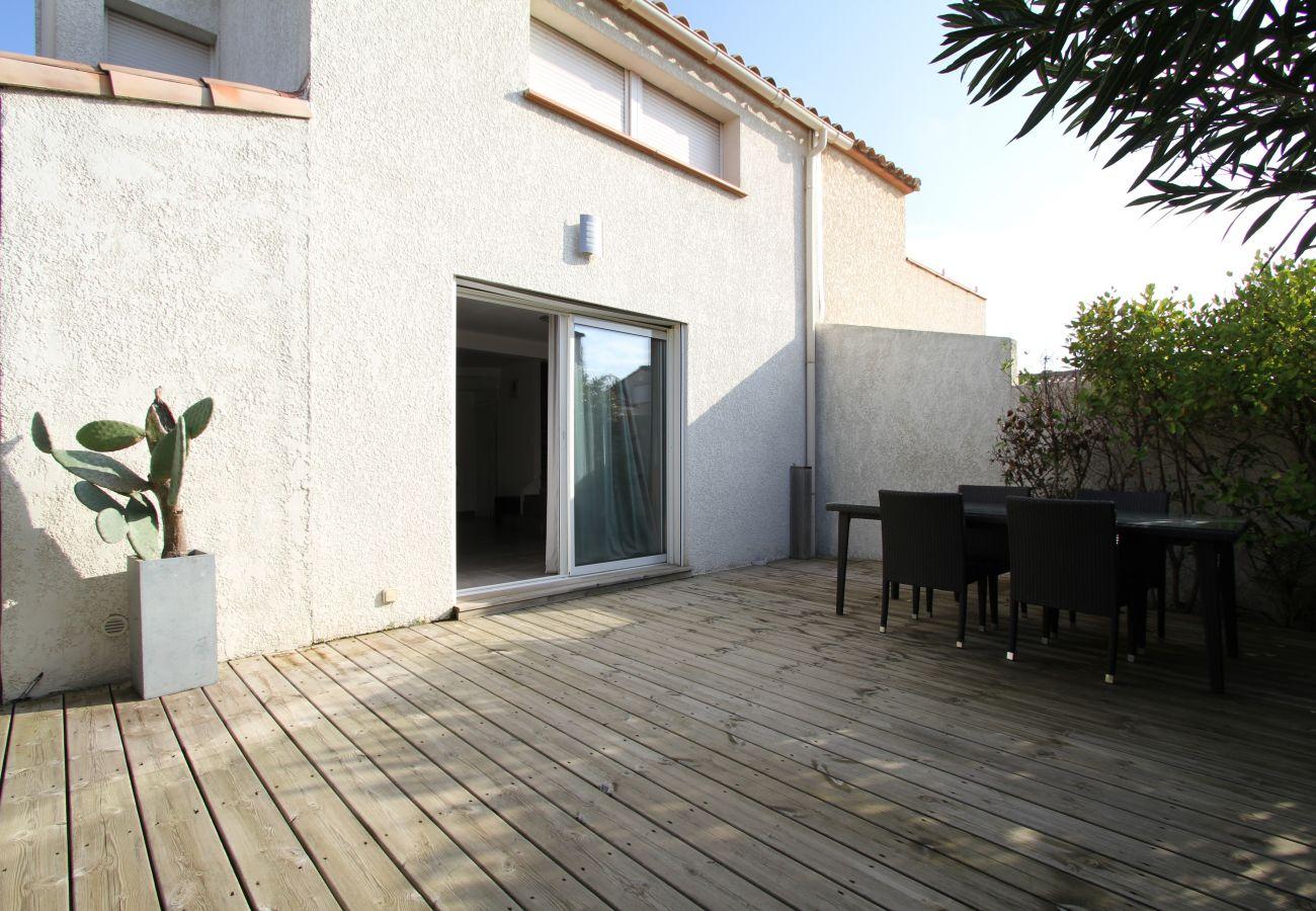 Maison à Canet-en-Roussillon - Villa Moderne à deux pas de la plage