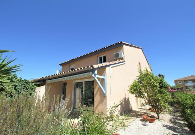 à Canet-en-Roussillon - Villa 8 personnes + parking à 5 min de la plage