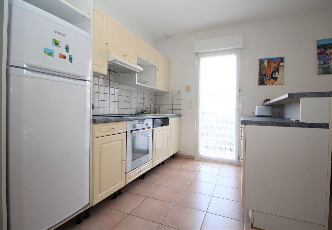 Maison mitoyenne à Canet-en-Roussillon - Villa 8 personnes + parking à 5 min de la plage