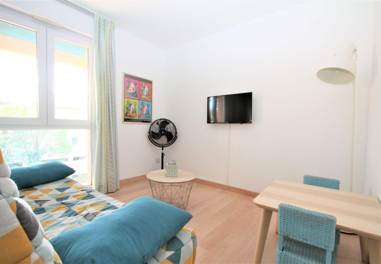 Appartement à Saint-Cyprien - Jolie 2 pièces avec piscine et parking