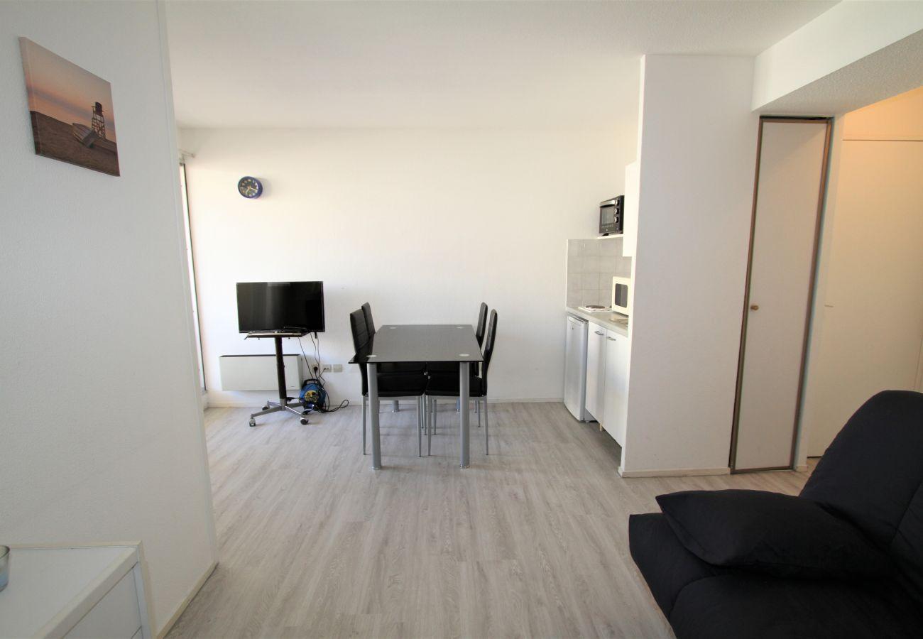 Apartment in Canet-en-Roussillon - T2 à 100m de la plage