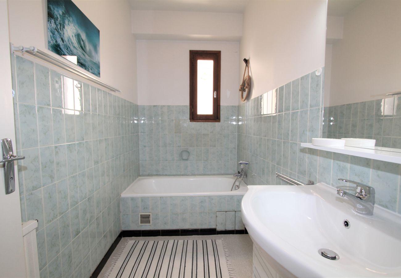 Apartment in Canet-en-Roussillon - 2 pièces dans le centre avec parking