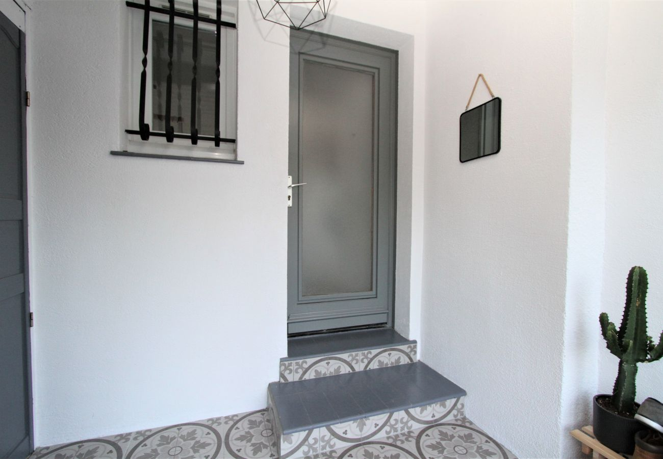 House in Canet-en-Roussillon - Maison 6 personnes à 5 min de la plage