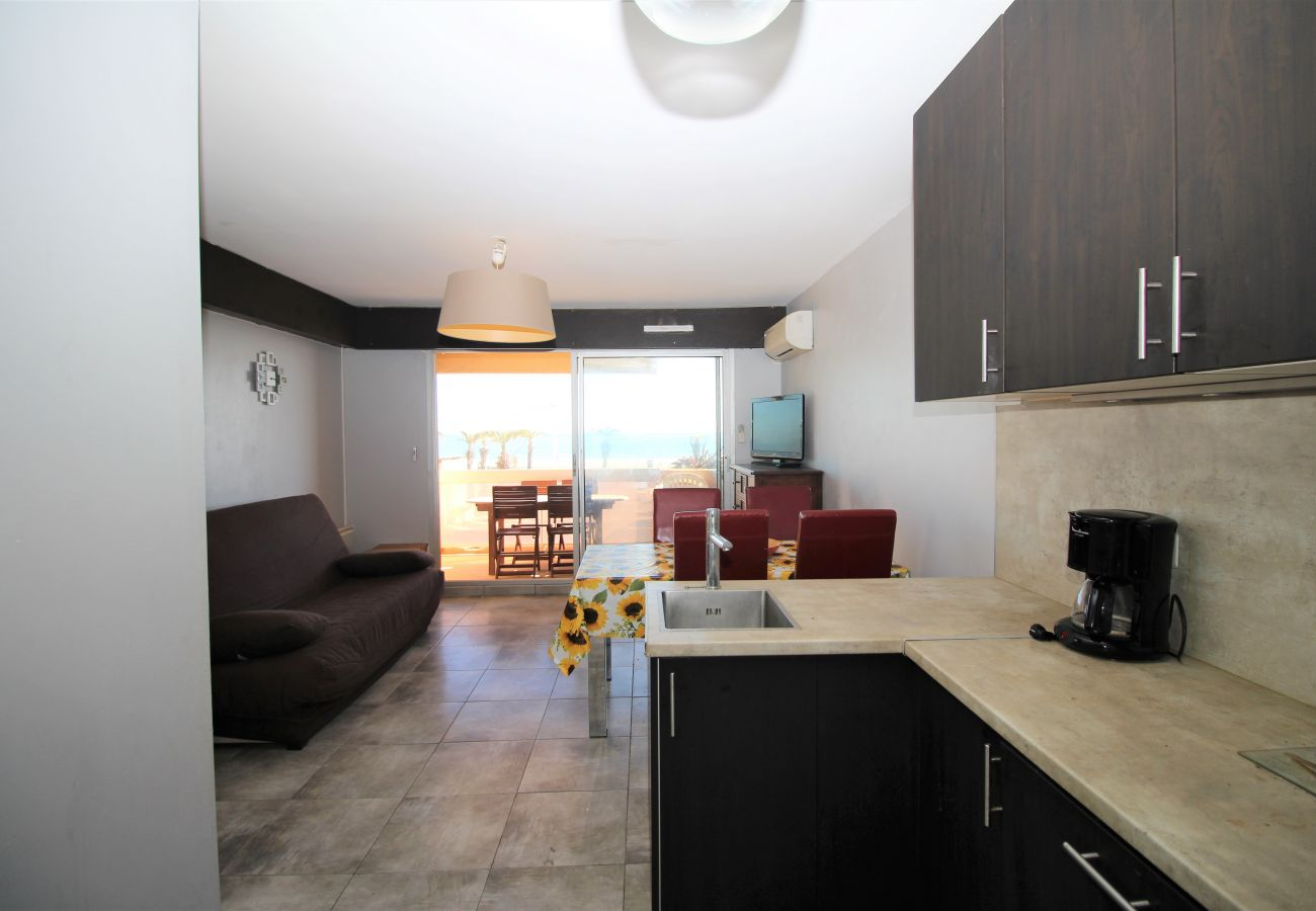 Apartment in Canet-en-Roussillon - Appartement 2 pièces VUE MER