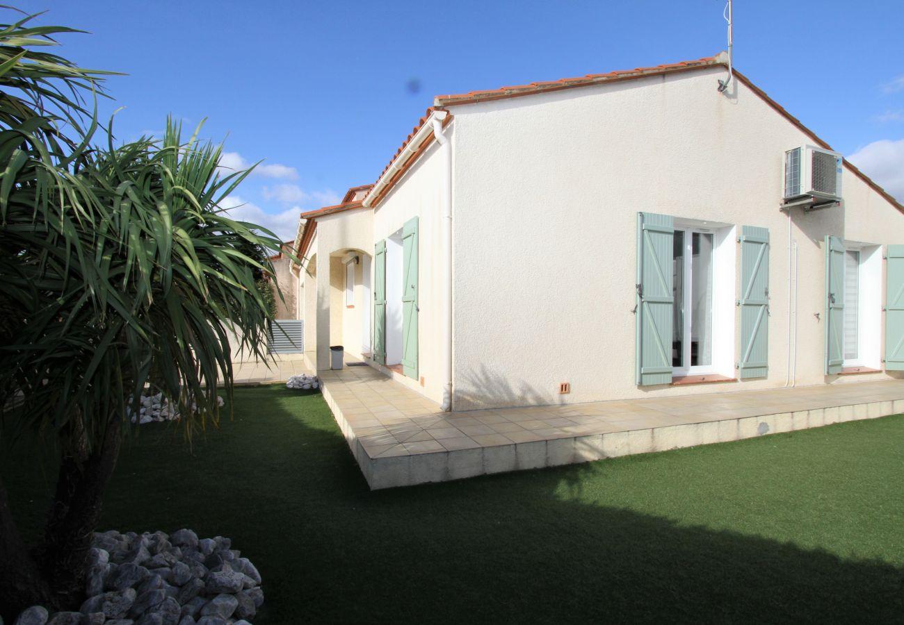 Villa in Elne - Villa 8 personnes avec piscine