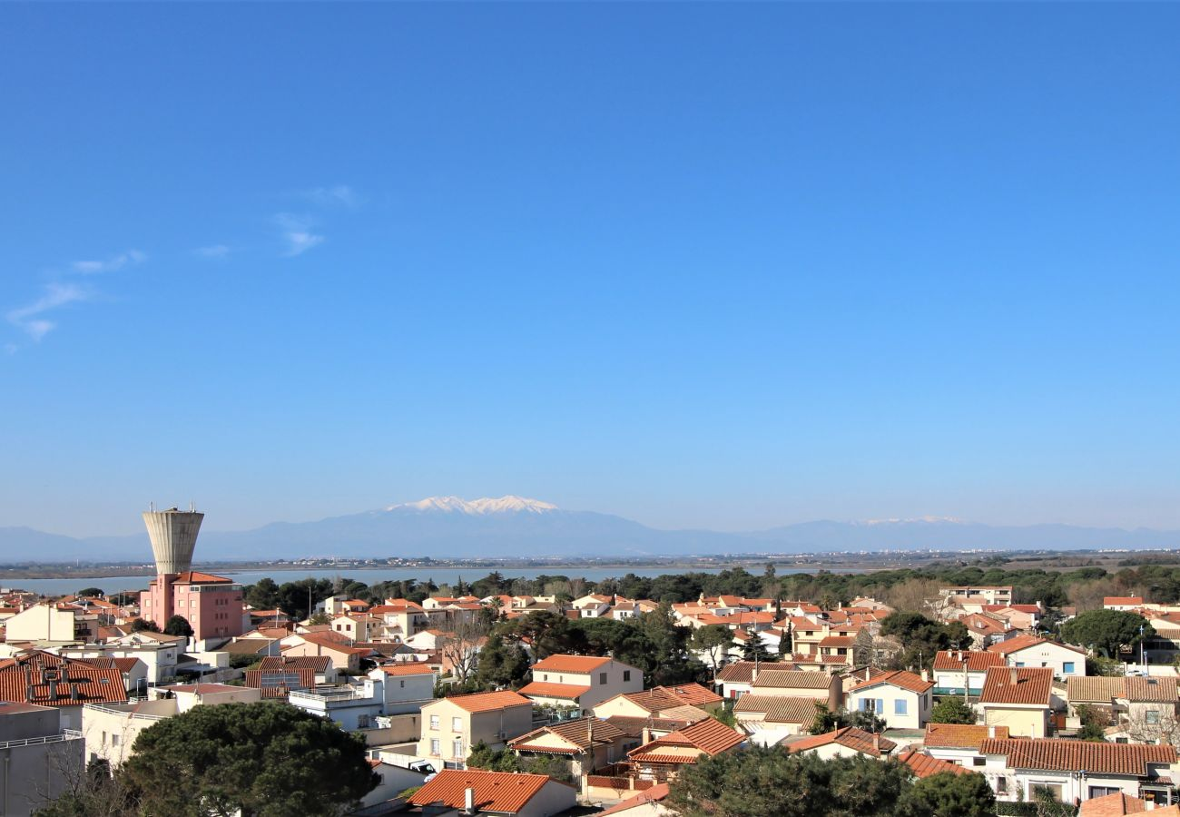 Apartment in Canet-en-Roussillon - Appartement 2 chambres avec vue mer et parking